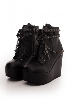 Demonia - Wedge Boot Straps, Studs, Assorted Charms & Chain Black - Girl Schuhe