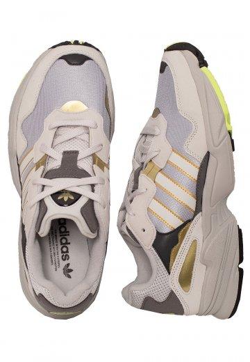 1fceab060f5 Adidas - Yung-96 Silver Metallic/Grey One/Gold Metallic - Schoenen ...