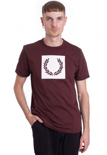 Fred Perry - Printed Laurel Wreath Stadium Red - T-Shirt