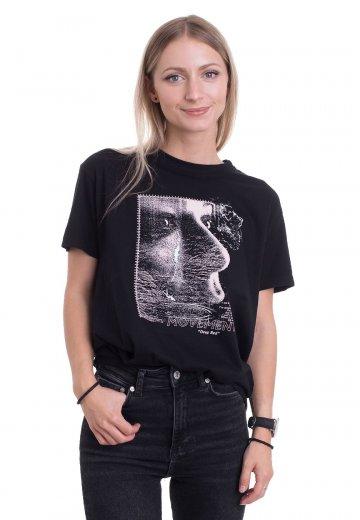 Movements - Hard - T-Shirt
