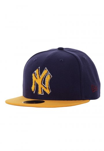 c3fe38e49a4b21 New Era - Chenille Plique New York Yankees Navy/Gold - Cap - Streetwear Shop  - Impericon.com Worldwide