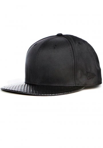 b1fbc4fb785 New Era - Kaiser Club Black on Black - Cap - Streetwear Shop -  Impericon.com Worldwide