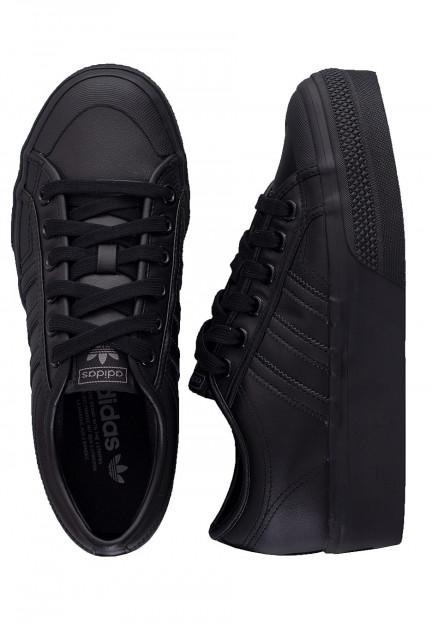 girls black adidas shoes