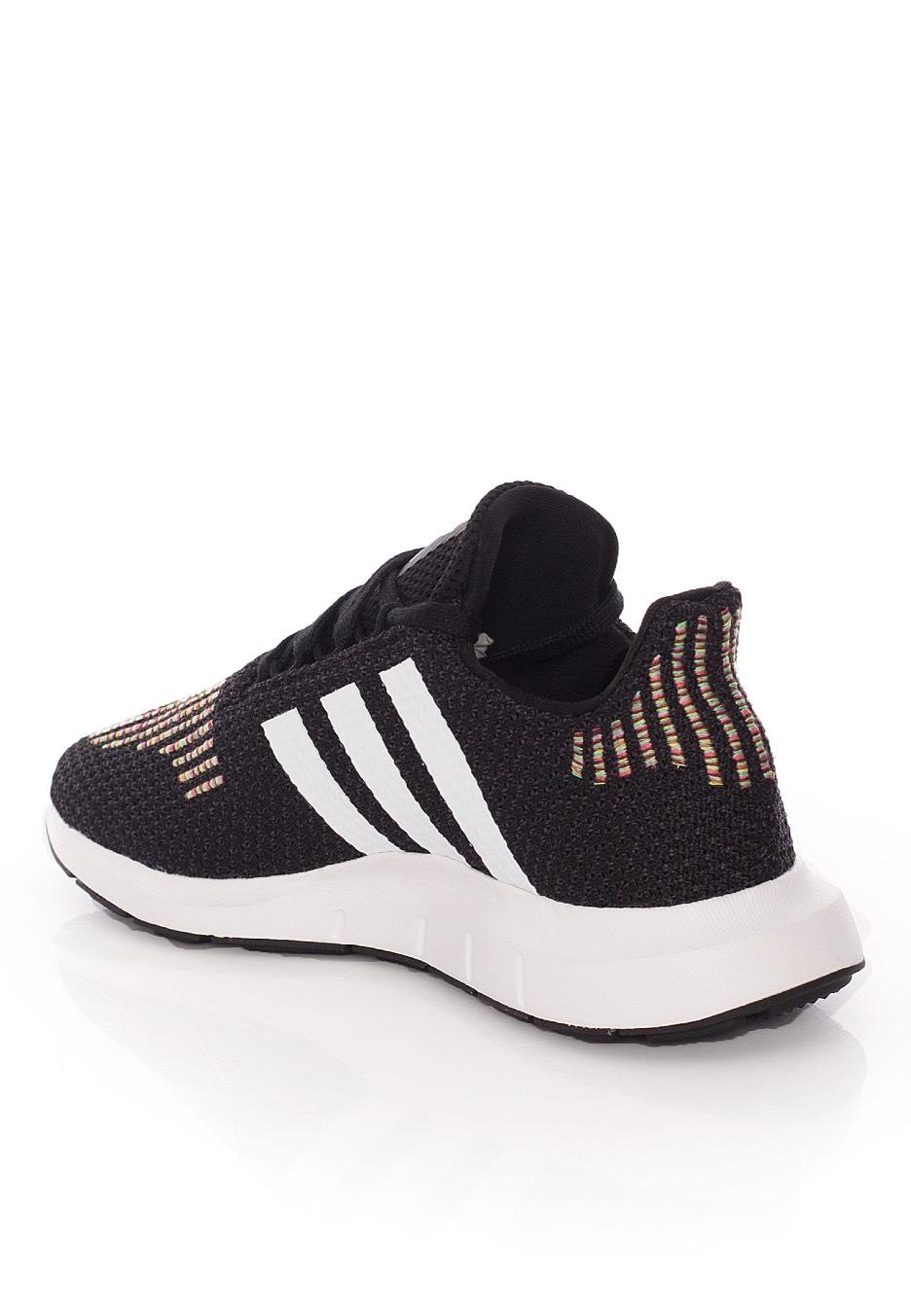 Adidas - Swift Run Core Black/Ftw White