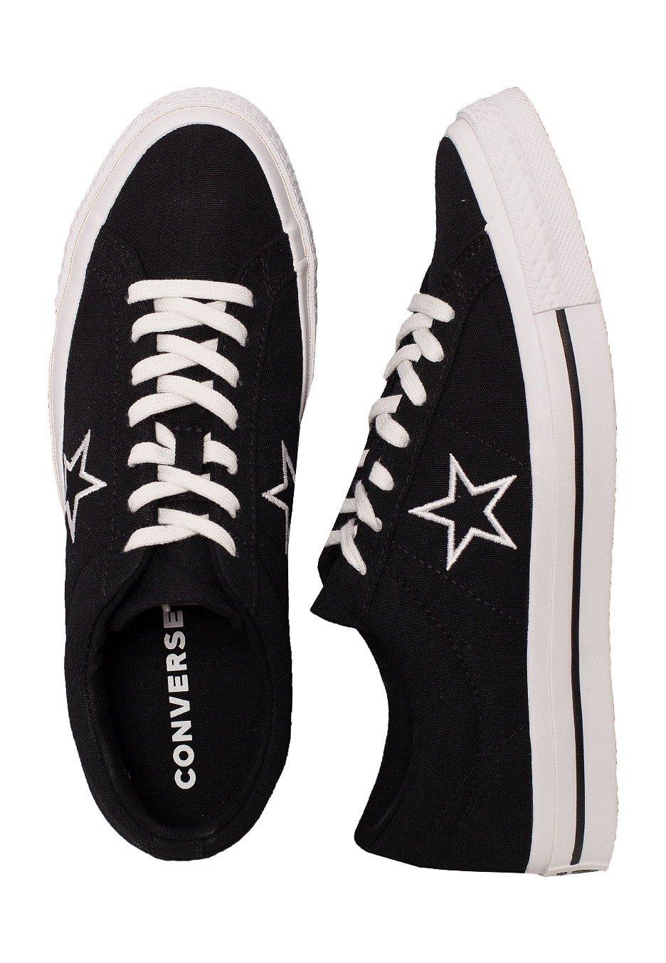 black converse star
