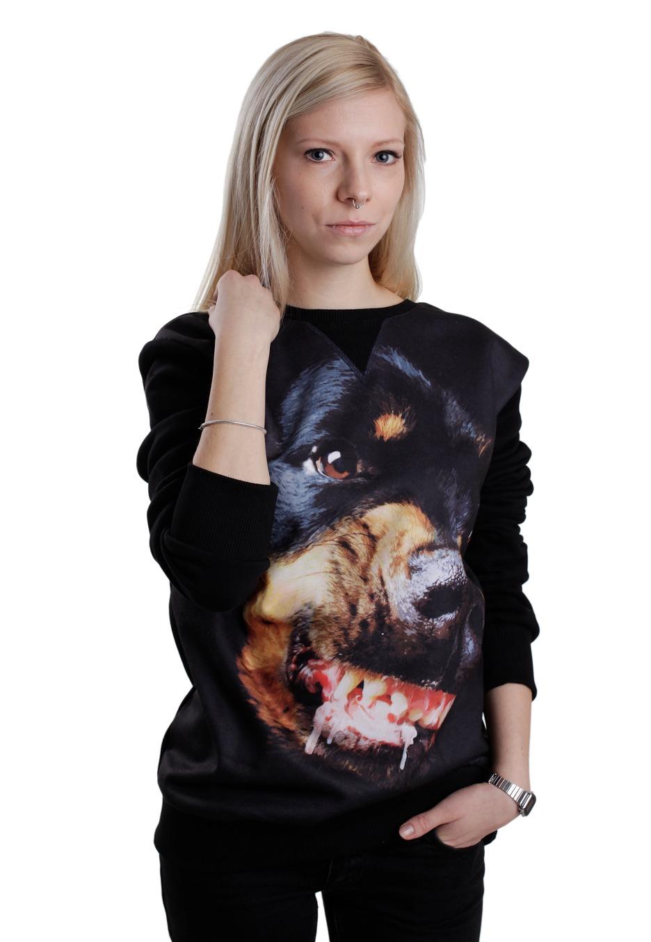 Rottweiler girl SEXY cumshot!