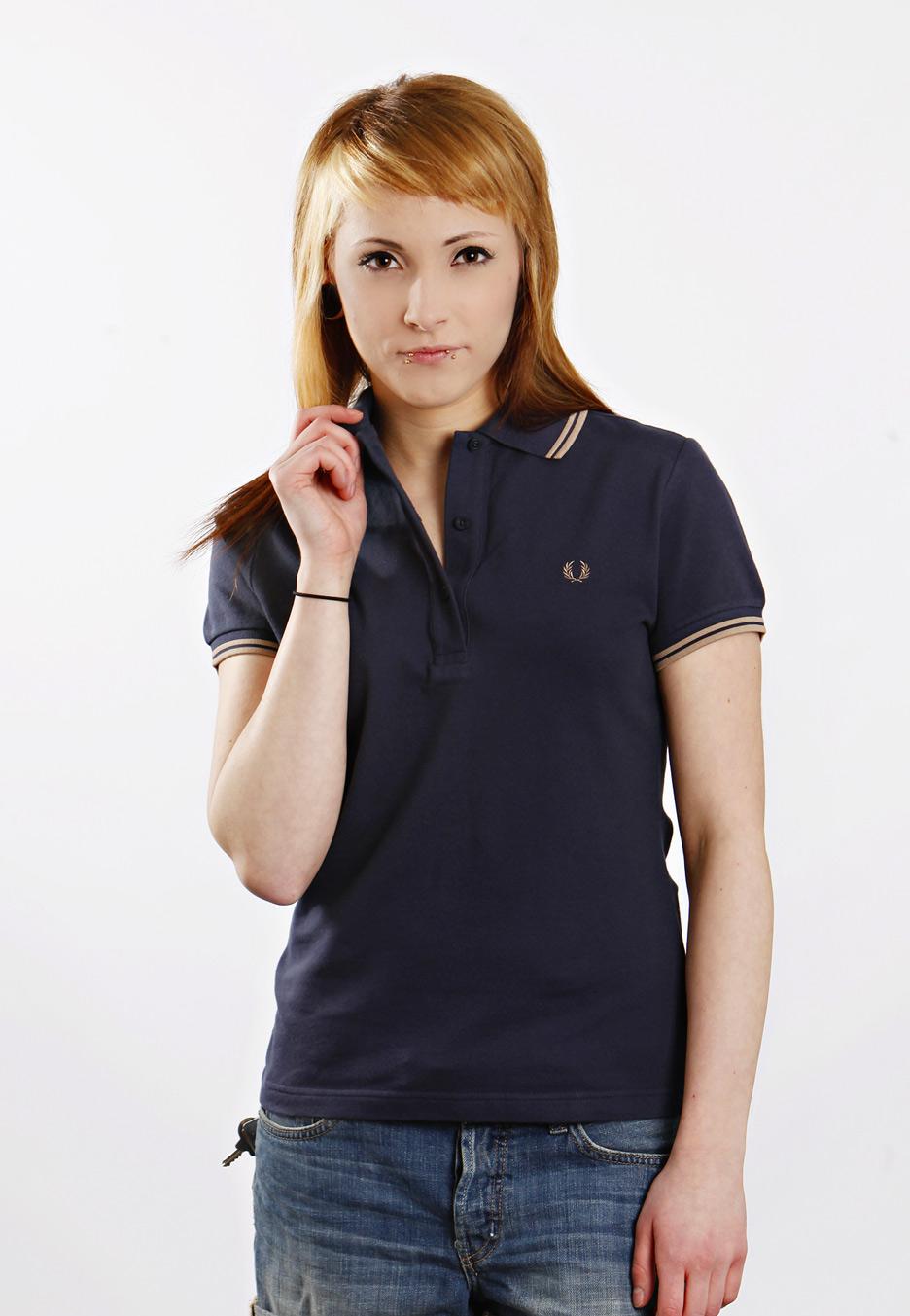 Are Black Shirts Fashionable