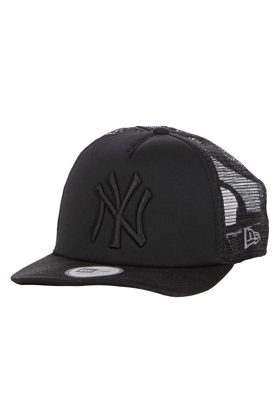 New Era - Tonal Clean 2 New York Yankees - Trucker Cap - Streetwear Shop -  Impericon.com Worldwide 7987eca2b9b