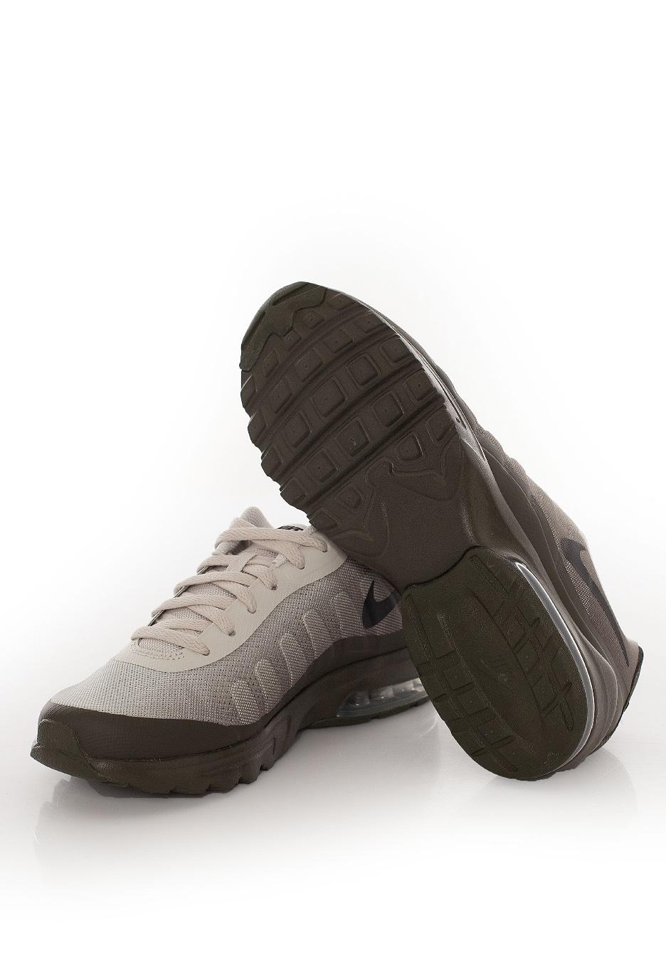 8e61a275e9a165 ... usa nike air max invigor print light bone black cargo khaki shoes a9a57  f3c4a