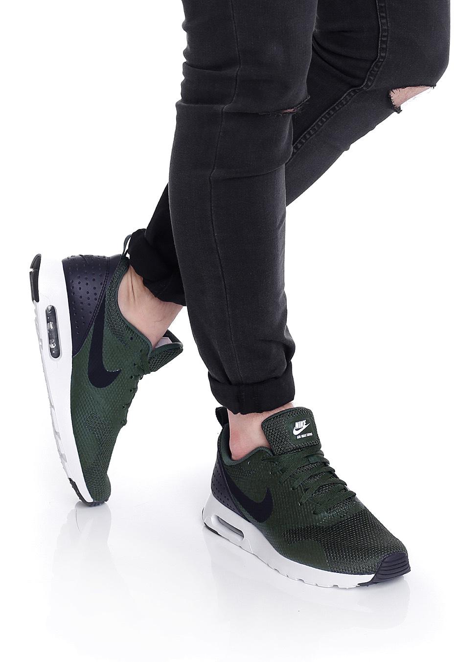 df381e99babb ... hot nike air max tavas grove green black white shoes b4d14 fd5c4