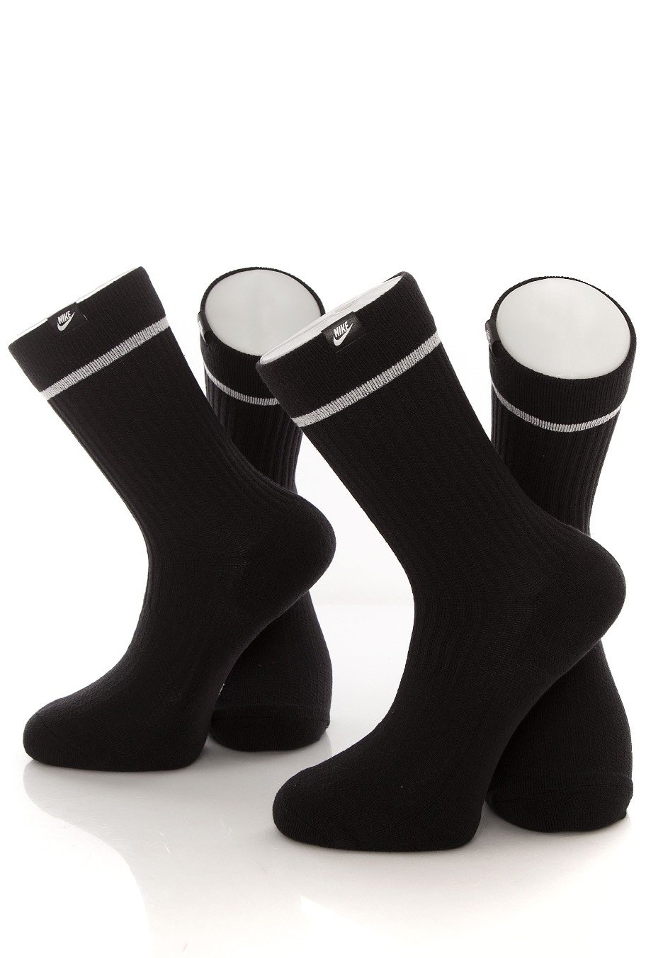 25b4e774c83 Nike - Essential Crew Black White White - Socks - Streetwear Shop ...