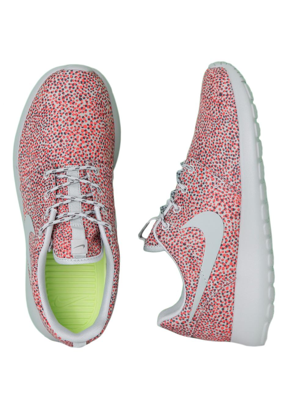 b3e17749bb08 ... Nike - Roshe Run Print Multi White - Girl Shoes - Impericon.com UK ...