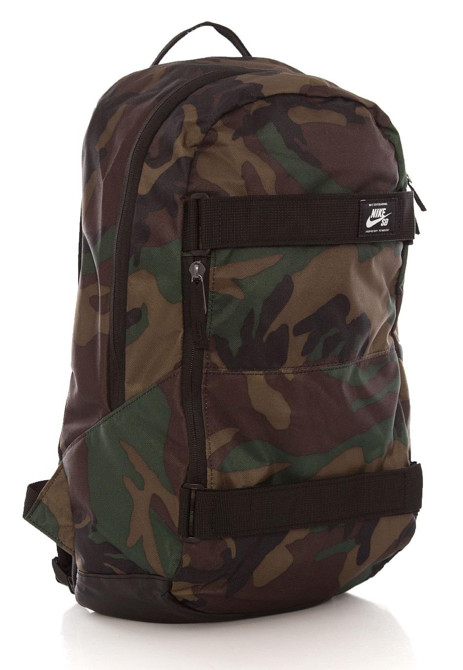 Nike SB Courthouse IguanaBlackWhite Backpack