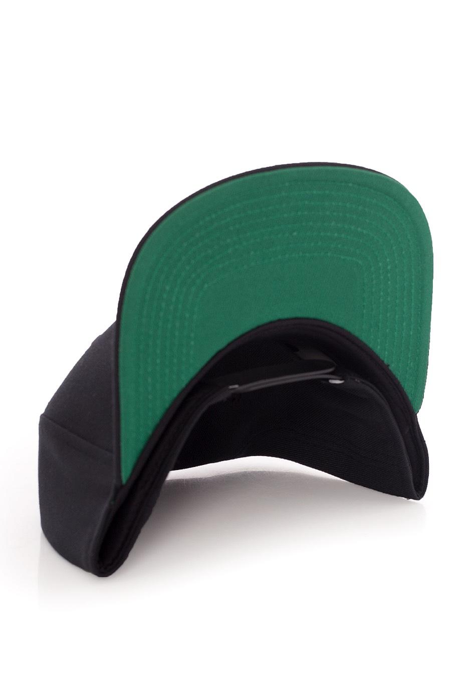 nike swoosh pro blackpine greenblackwhite cap