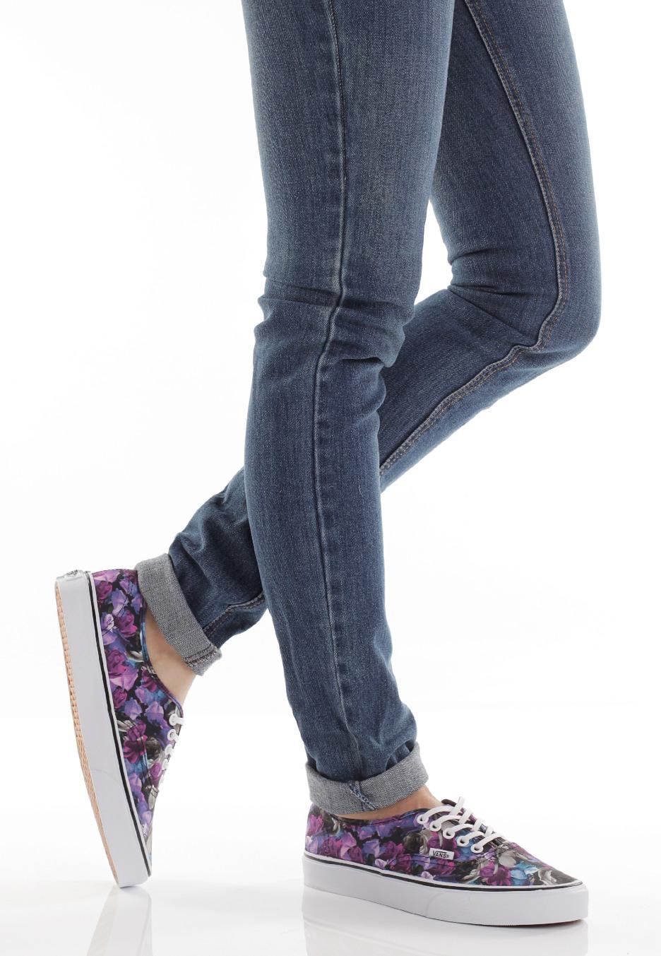 798d1bb5cd Vans - Authentic Digi Floral Multi True White - Girl Shoes ...
